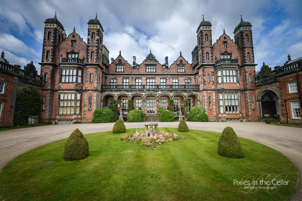 Capesthorne Hall Wedding Photography Outdoor Ceremony