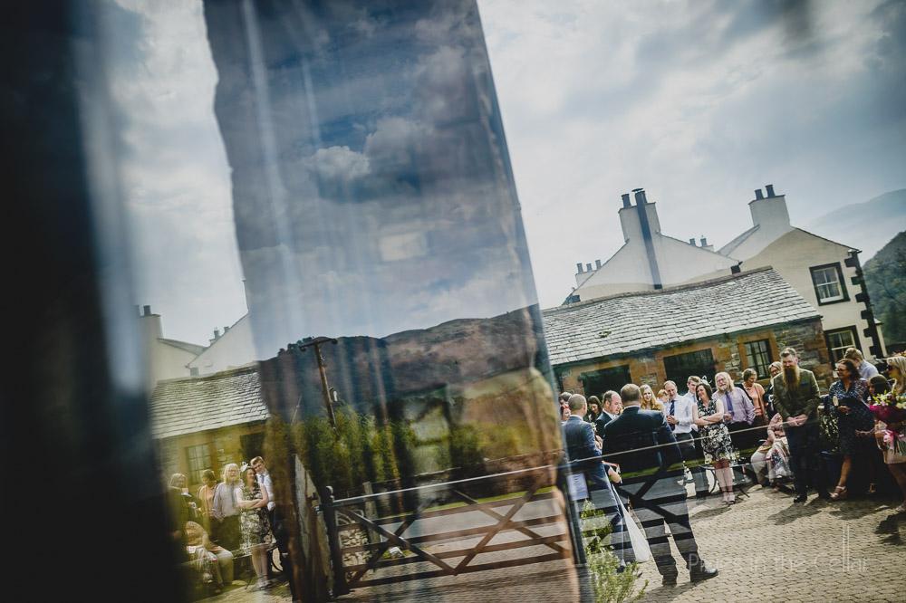 sunny day wedding speeches outdoors