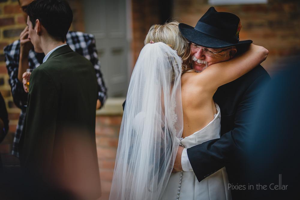 wedding natural moments