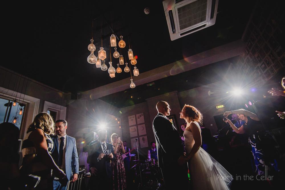 wedding photography contemporary modern wedding