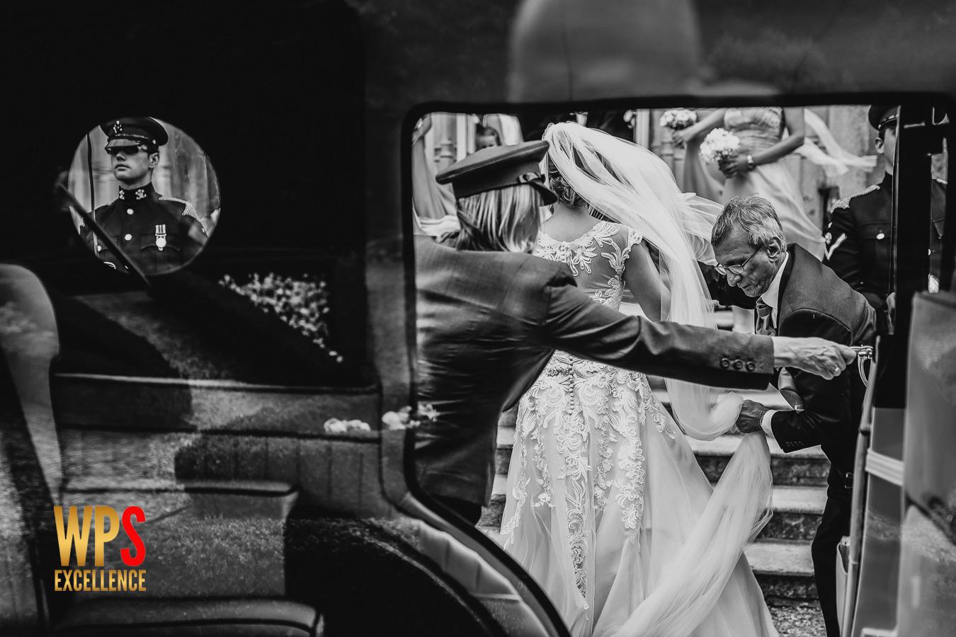 Wedding photography Select awards framing real moments