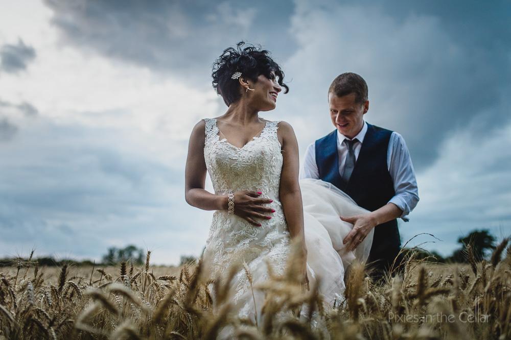 bride groom corn field