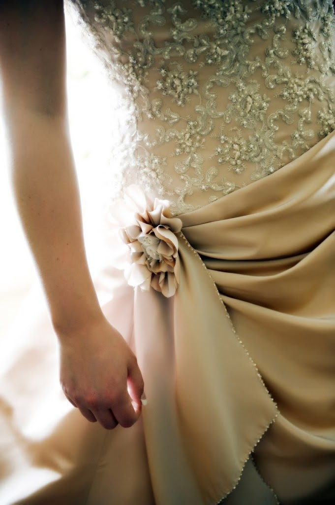 cappuccino wedding dress