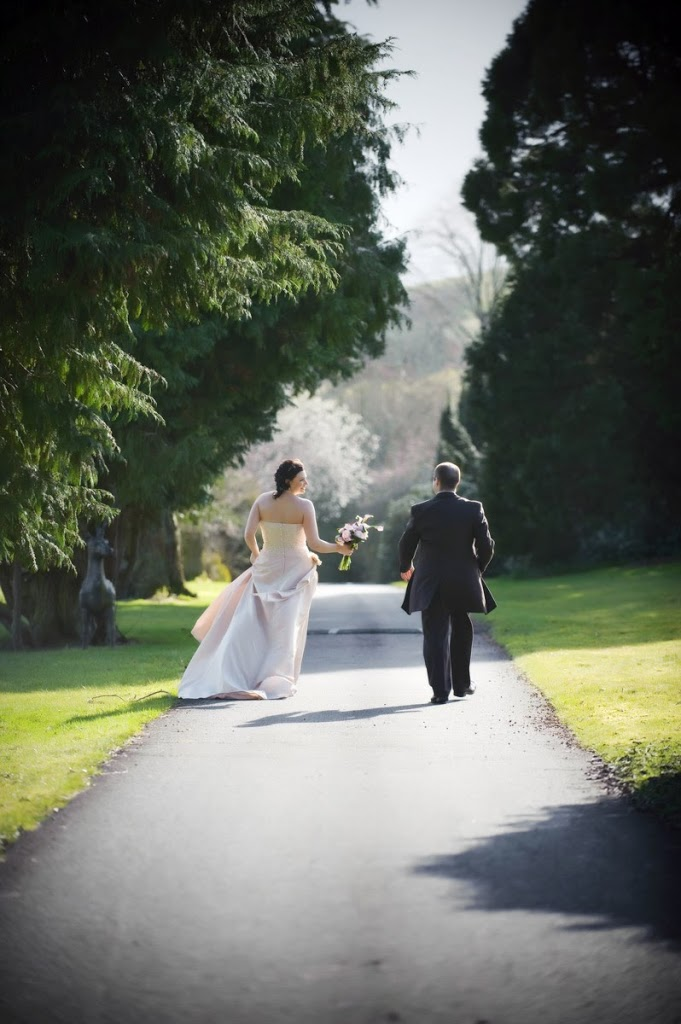 wedding photographers hoscote house