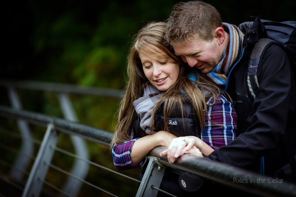 autumnal engagement shoot couple on bridge