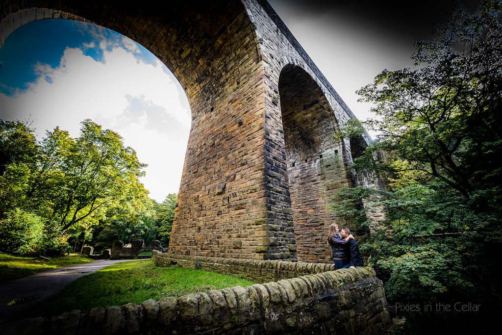 autumnal engagement shoot near viaduct new mills