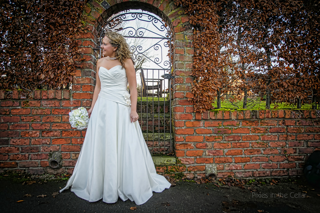 bride gate red brick wall