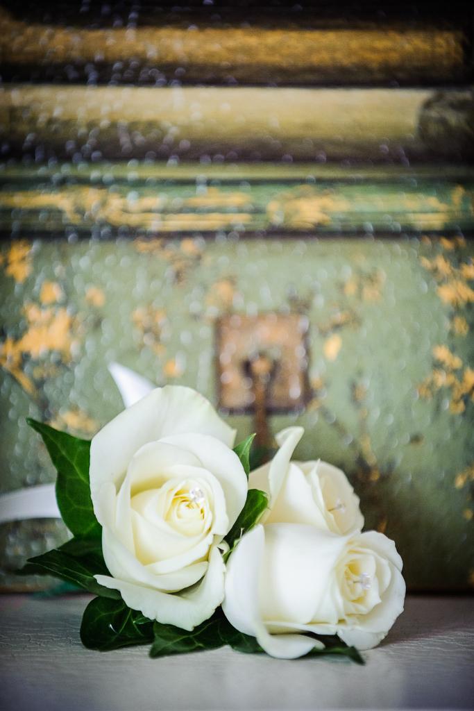 rose button holes