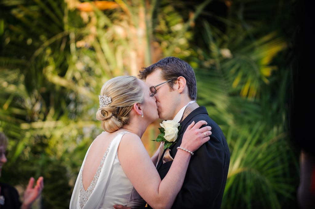 palm house wedding first kiss