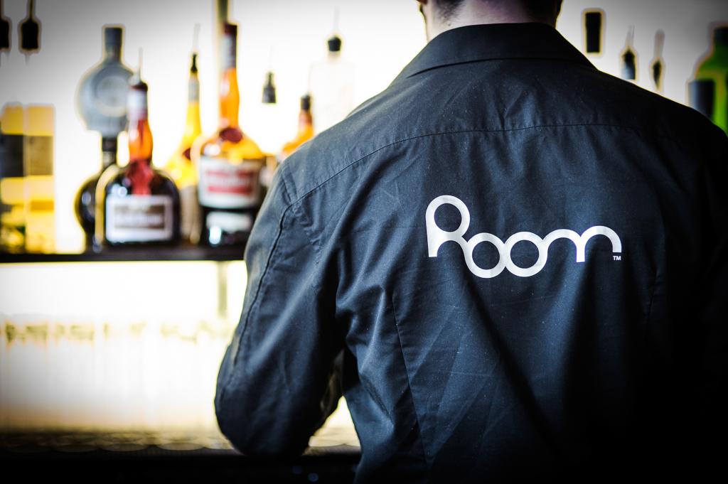 room restaurant waiter
