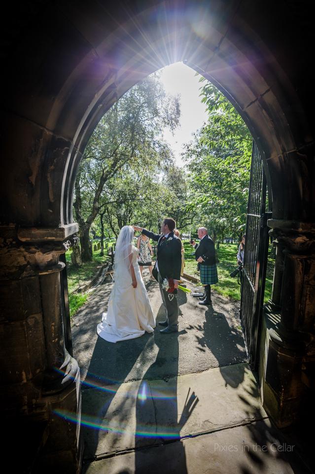 sunny wedding documentary photography