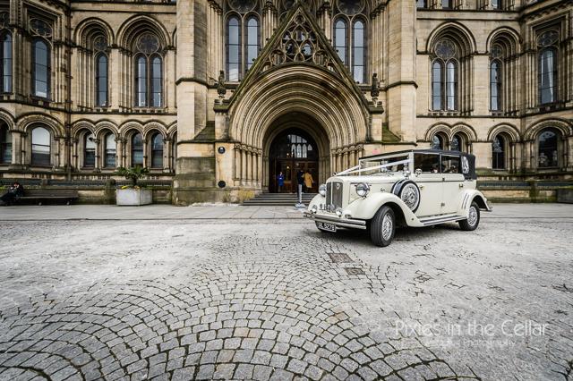 wedding car manchester town hall