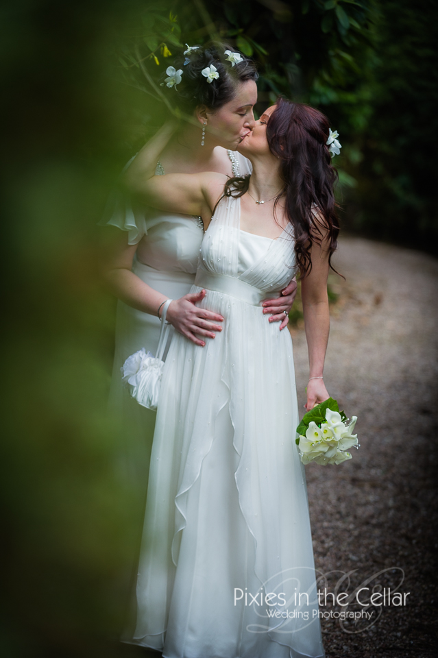 same sex wedding kisses