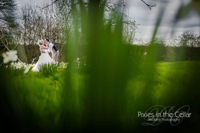 spring wedding hyde bank farm