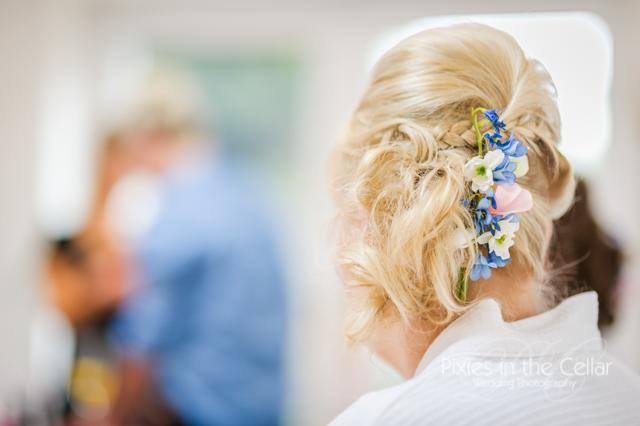 bridesmaid hair detail