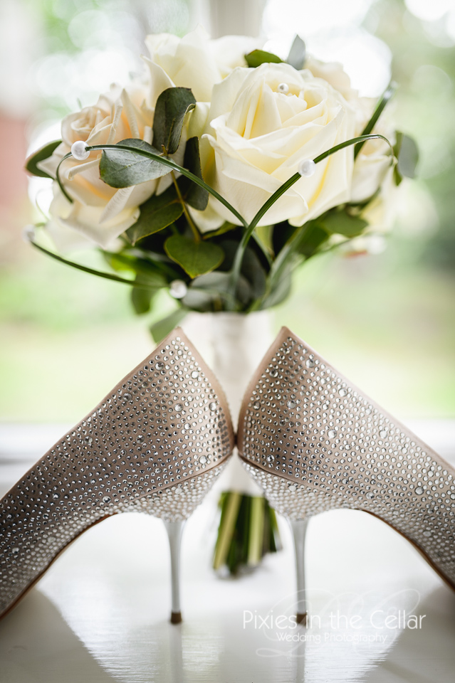 sparkly wedding shoes and bouquet