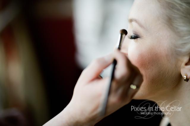 bridal make-up eye shadow