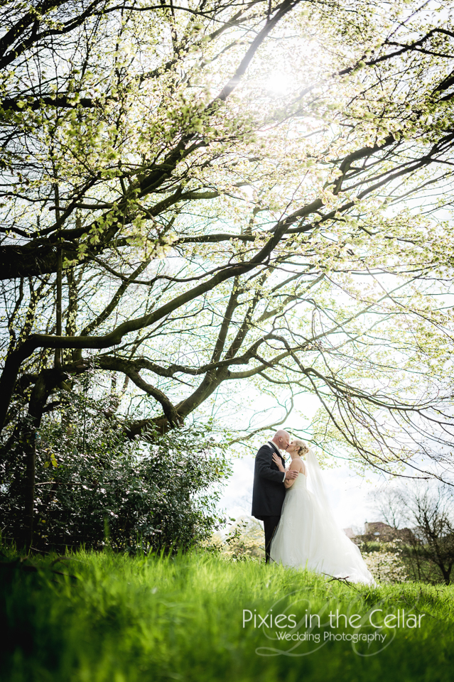 spring wedding crow hill cottages