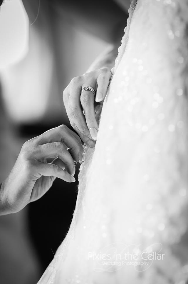 Finishing touches wedding photography