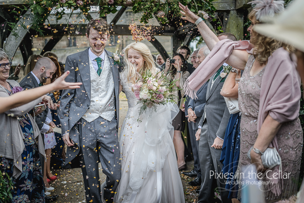 knutsford wedding confetti