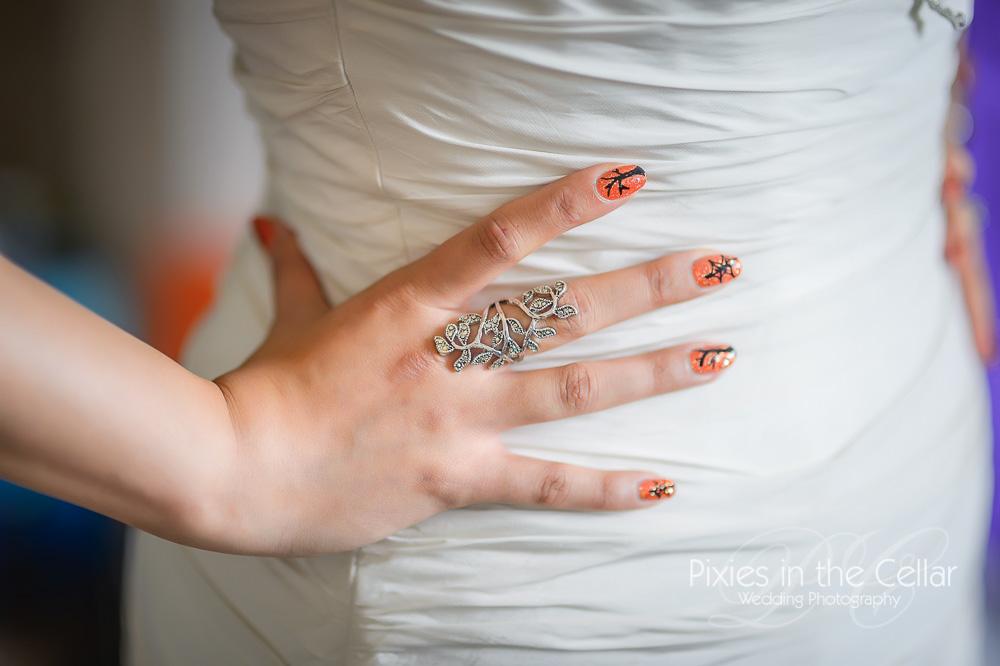 Autumnal wedding nails