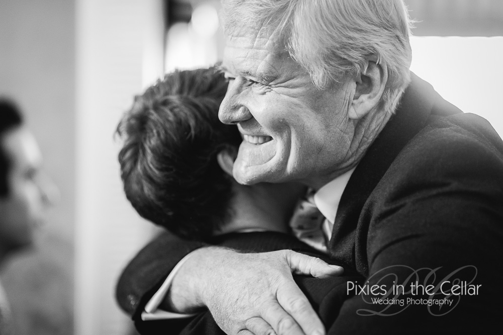 Wedding embraces natural photography