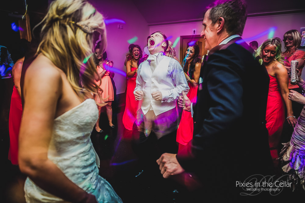 184-pixies-manchester-wedding-photographers