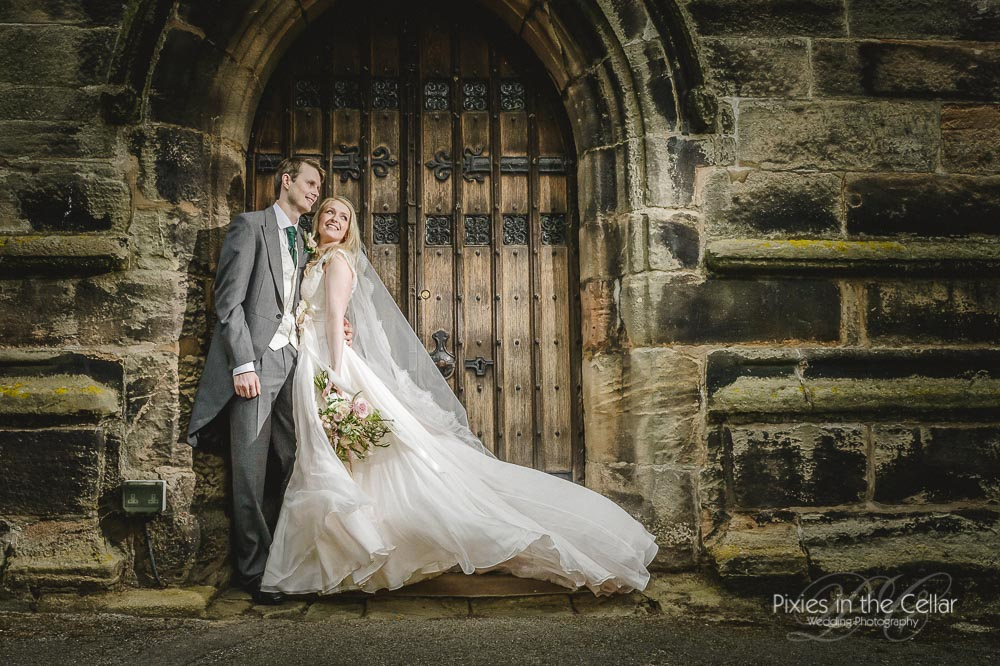 191-pixies-manchester-wedding-photographers