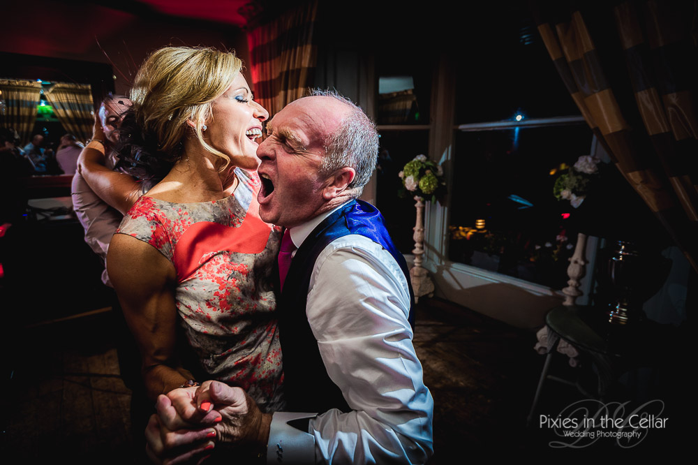 wedding party manchester-wedding-photographers