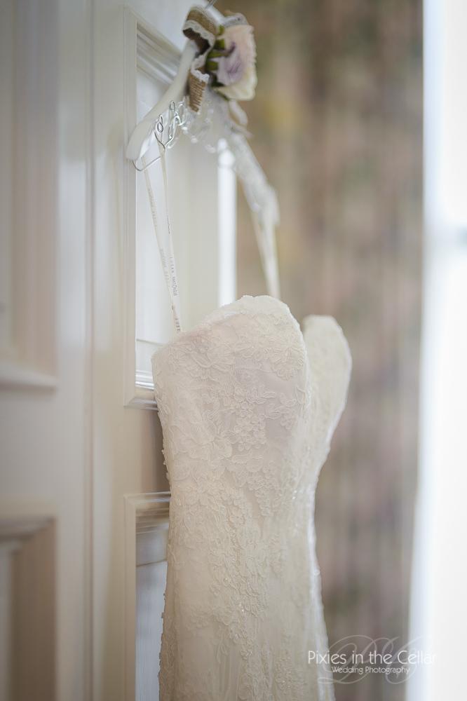 wedding dress capesthorne hall