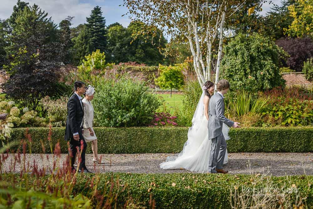sunny cheshire wedding
