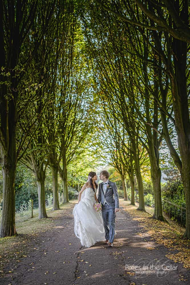 253-capesthorne-hall-wedding-photography