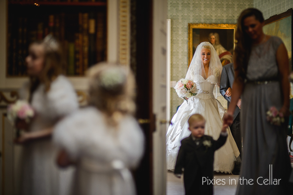 princess bride classic English wedding