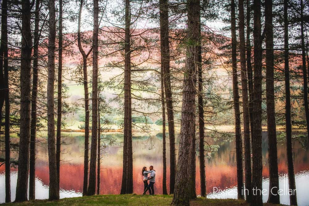 13 colourful dovestones engagement shoot