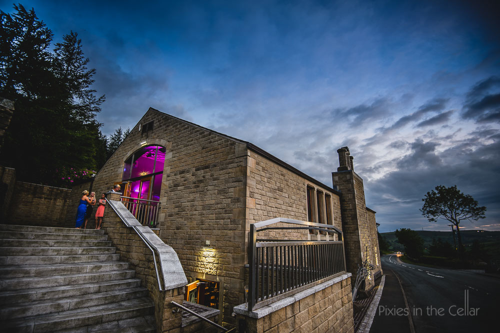 natural documentary wedding photography at saddleworth hotel