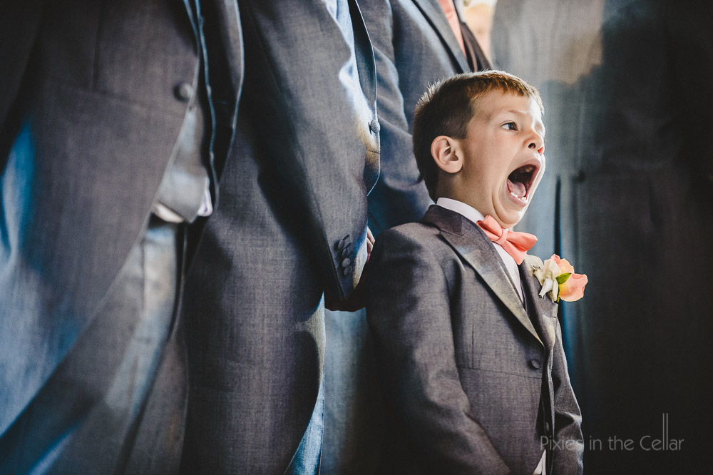 singing pageboy
