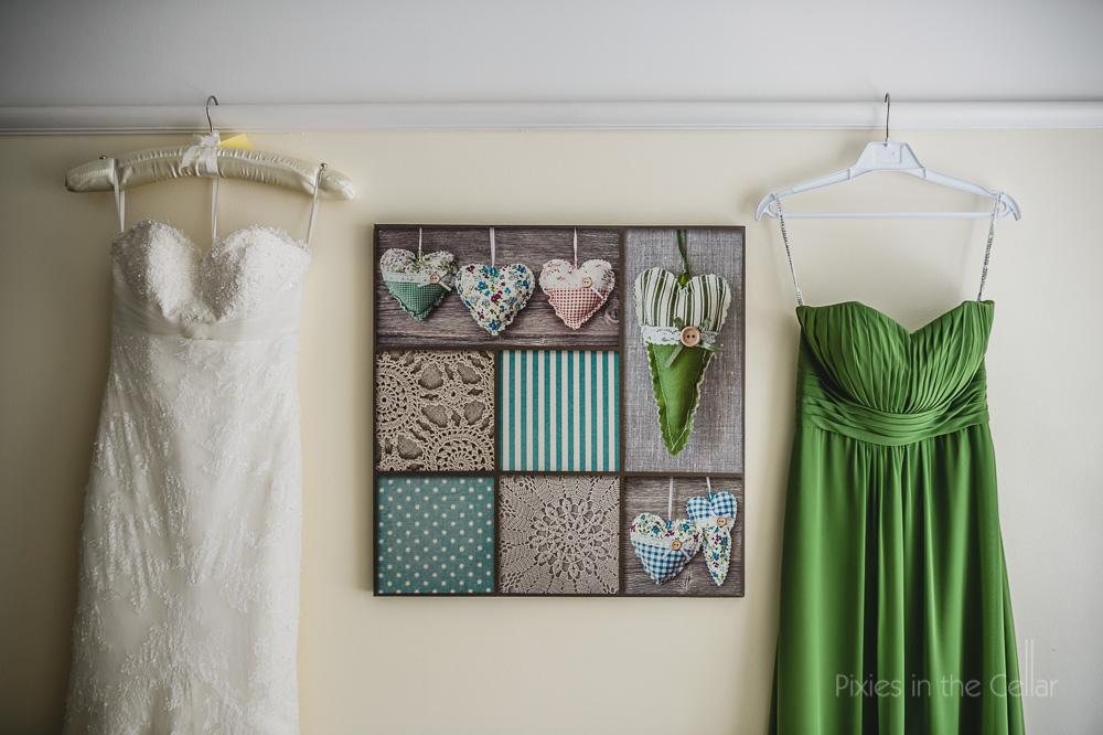 wedding dress and green bridesmaid dress mere court wedding photographer