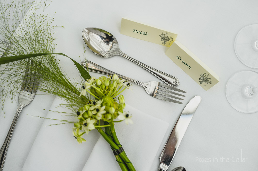 wedding name cards and flowers