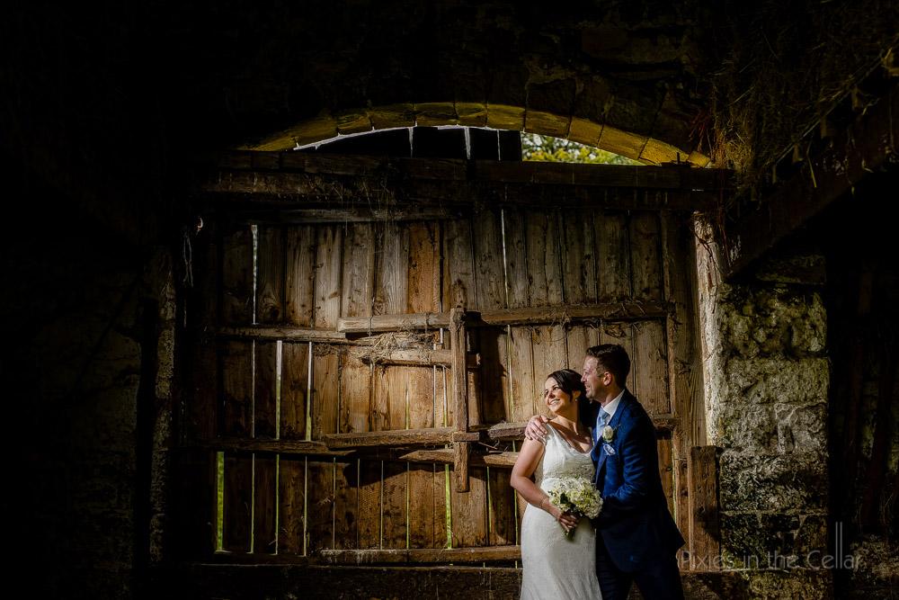 bride groom rustic barn