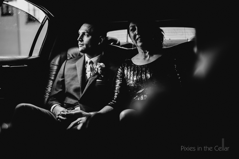 groom and mum in car