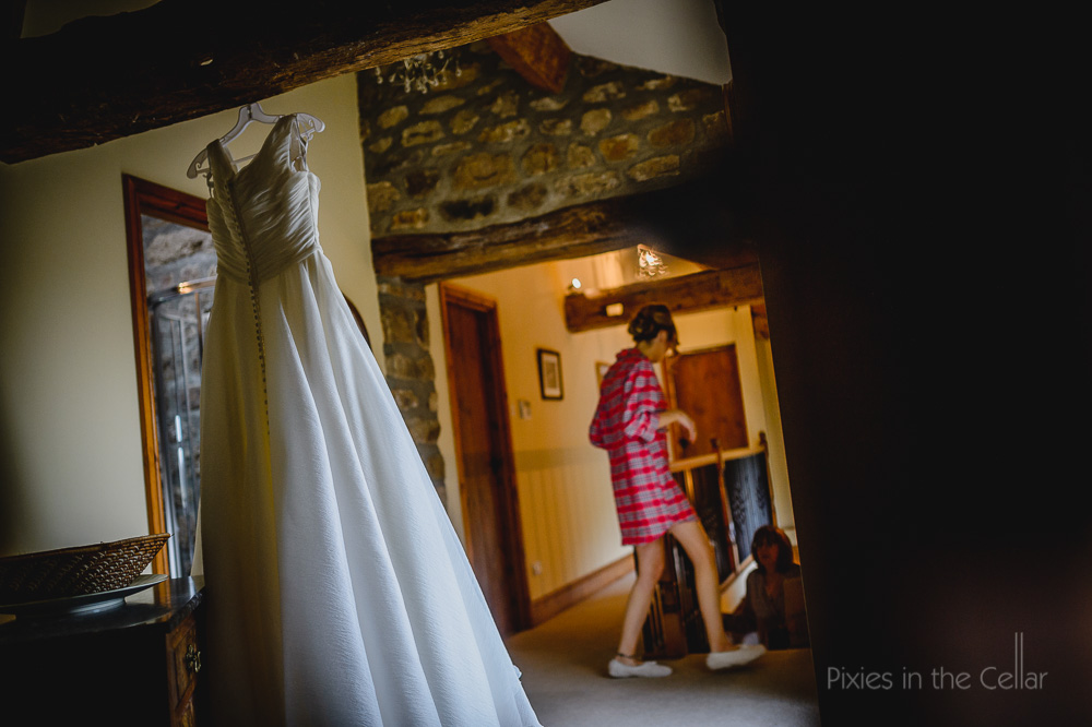 wedding dress yorkshire cottage