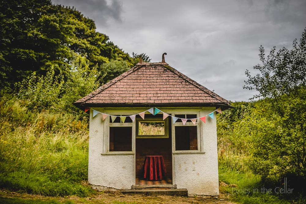 summer house hargate hall buxton bunting