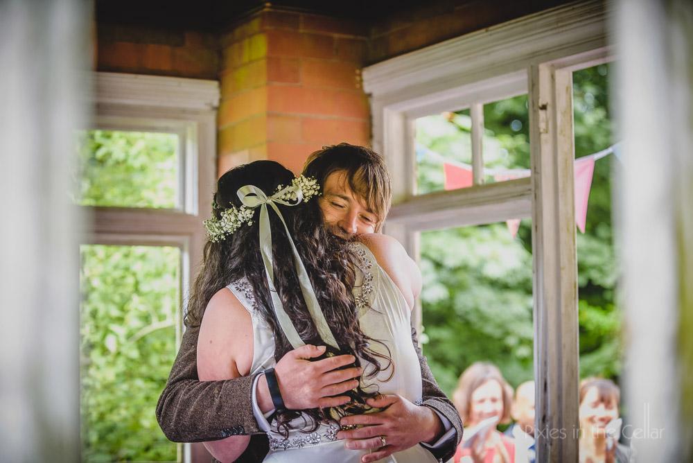 Just married hugs