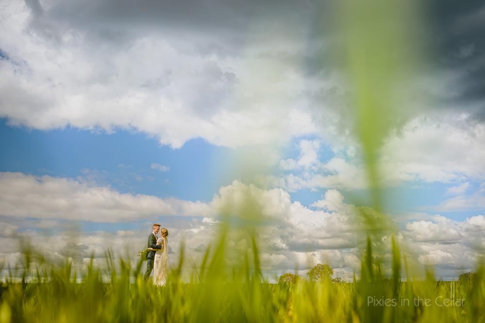 Mythe Barn wedding photography spring