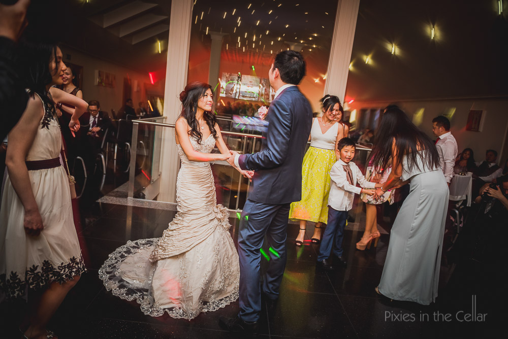 Chinese wedding photography evening dancing