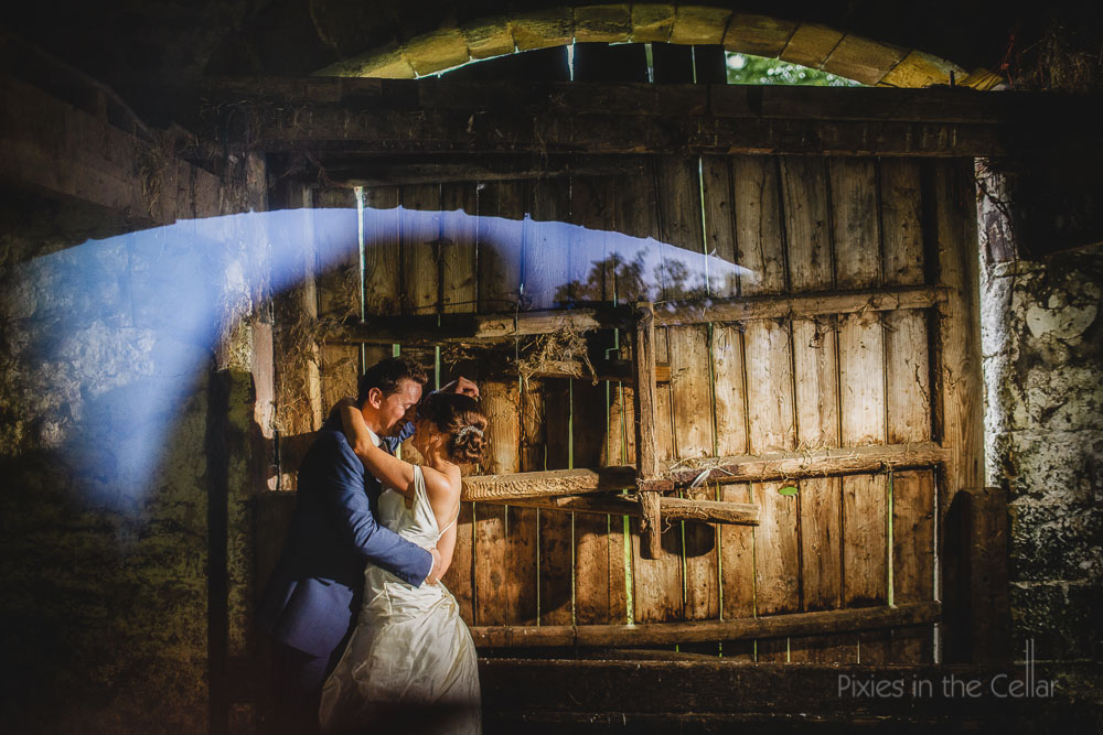 bride groom rustic barn wedding