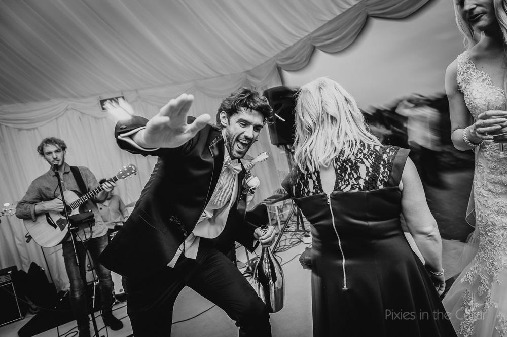 groom dance moves