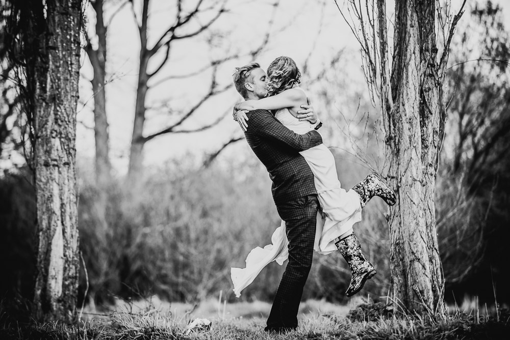 black and white wedding moments