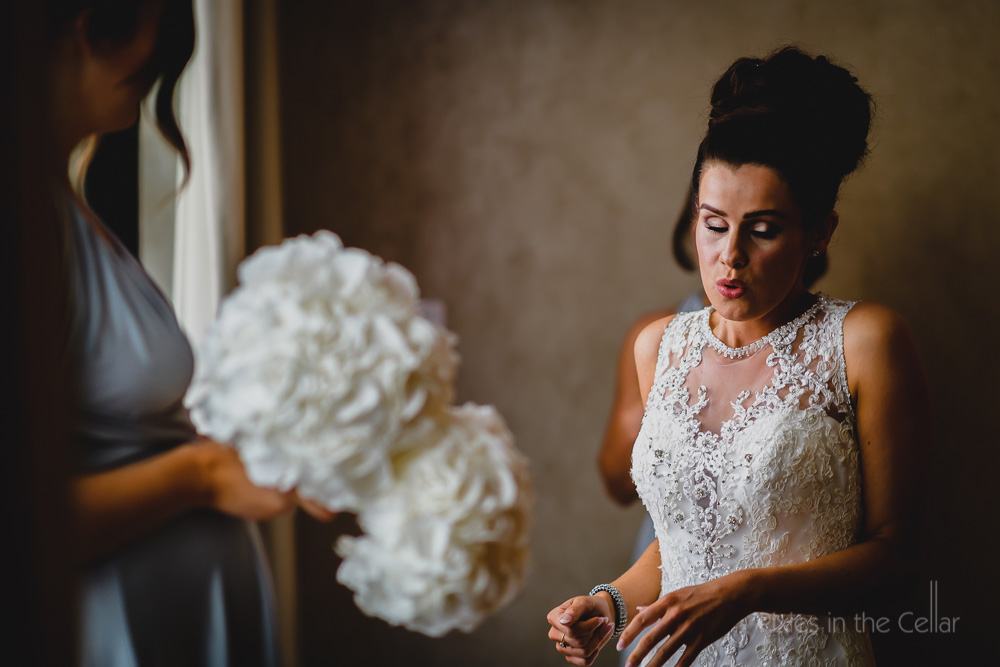 real moments natural wedding photography