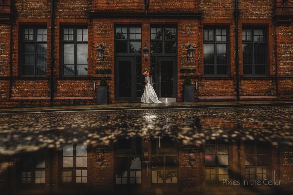 city centre wedding photography rainy GJS wedding